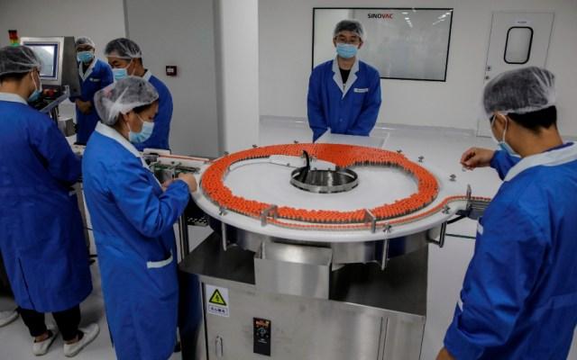 China fabricará mil millones de dosis de vacunas contra el COVID-19 en 2021 - Foto de EFE