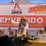 """#Video Por segunda vez, atacan con """"huevazos"""" a Fernández Noroña en Hidalgo"""