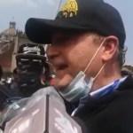 """""""No sean estúpidos, nadie aguanta 24 horas en una tienda de campaña"""", responde Gilberto Lozano a críticas"""