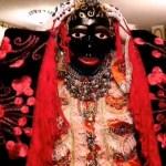 Decenas de ecuatorianos celebran el rito de la Mama Negra bajo fuertes medidas sanitarias