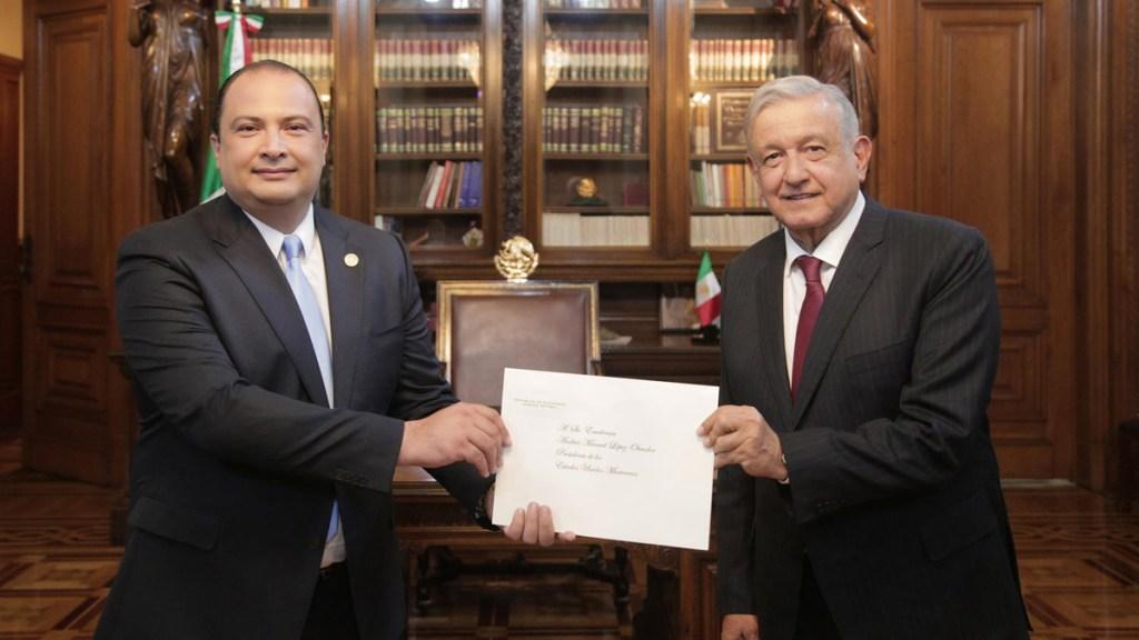 López Obrador recibe cartas credenciales de 17 embajadores; refuerza lazos de amistad con naciones - López Obrador recibe cartas credenciales del embajador de Guatemala. Foto de @lopezobrador_