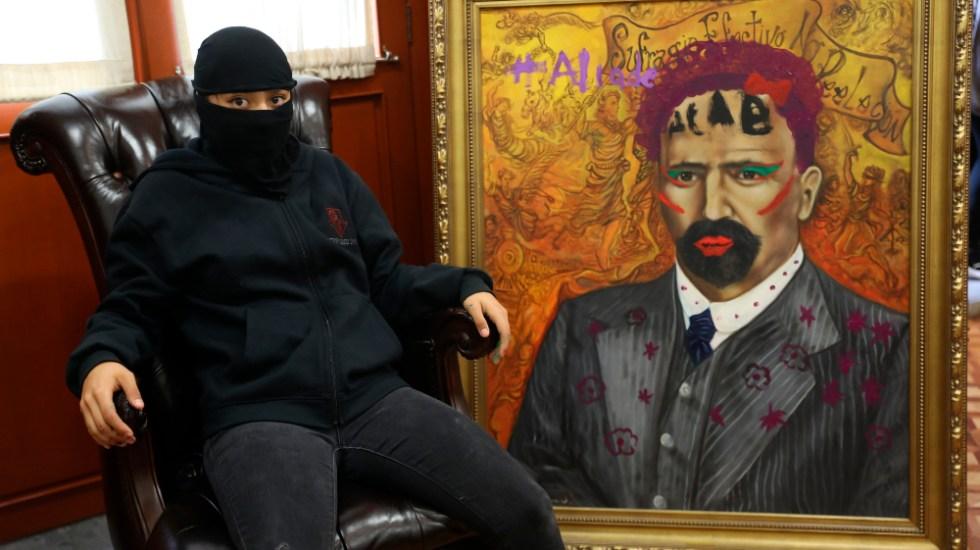 AMLO se manifiesta en contra de la violencia y vandalismo en edifico de la CNDH - Foto de EFE