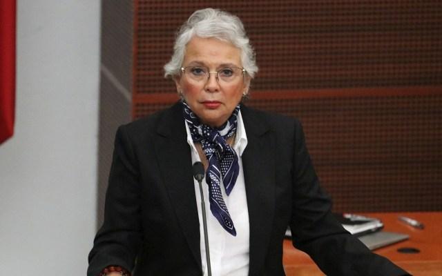 """Hay información de lo que """"verdaderamente"""" ocurrió en Ayotzinapa, asegura Sánchez Cordero - La secretaria de Gobernación, Olga Sánchez Cordero, en comparecencia en la Cámara de Senadores. Foto de EFE/José Pazos."""