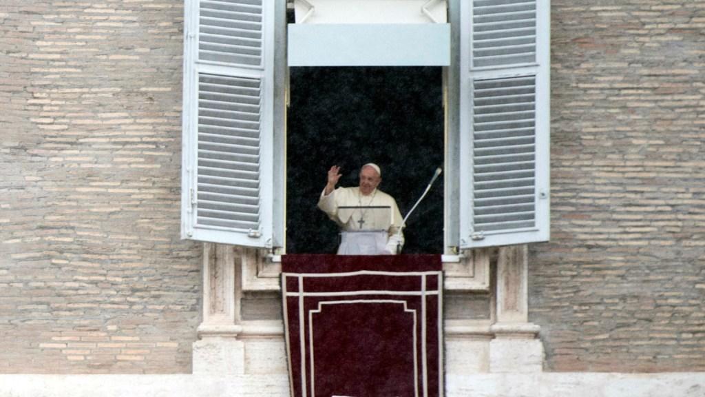 Papa Francisco recuerda a migrantes obligados a huir como Jesús. Noticias en tiempo real