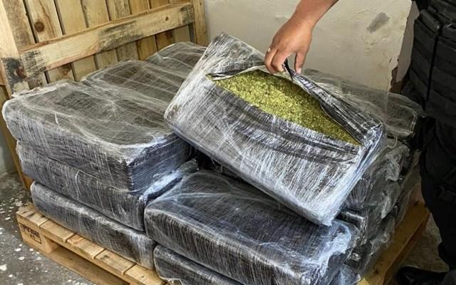 Decomisan en Edomex 580 kilos de mariguana - Presunta mariguana decomisada en inmueble de Tlalnepantla, Edomex. Foto de @FiscalEdomex