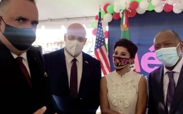 Doctor mexicano Joseph Varon recibe premio en Houston por labor de 190 días contra el COVID-19