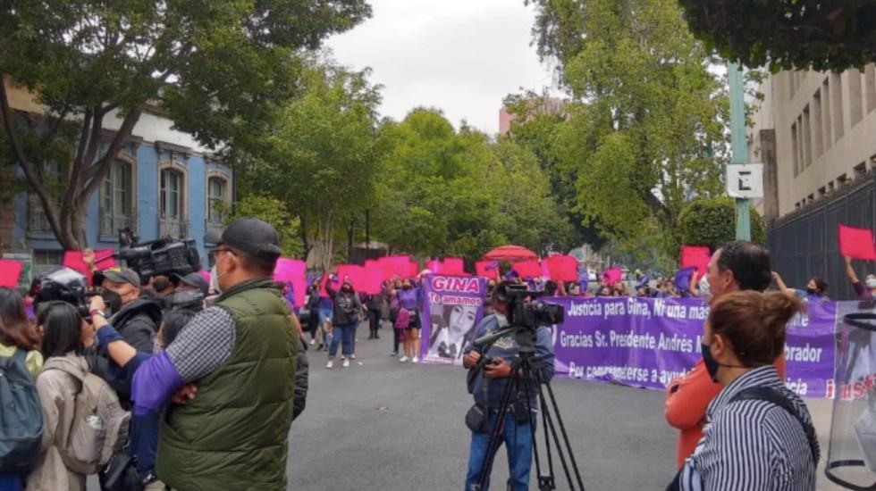 Colectivos feministas se reúnen en Segob con Sánchez Cordero; advierten que si no hay solución, harán plantón - Foto de @PorAmorAEllxs