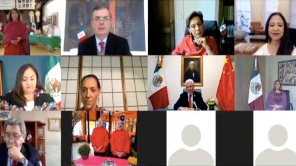Gestión de la pandemia pone a México en lugar destacado ante el mundo, afirma Ebrard - Reunión virtual entre el canciller Marcelo Ebrard y embajadores y cónsules. Foto de @SRE_mx