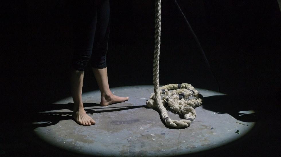 Suicidio es prevenible con detección y tratamiento oportuno de trastornos mentales: IMSS - Foto de Eva Blue para Unsplash