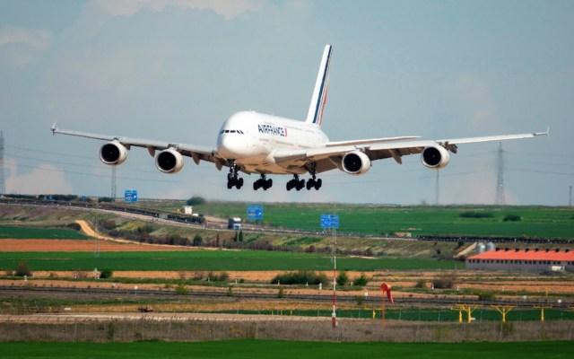 EE.UU. levanta restricciones por COVID-19 a viajeros de Europa, Reino Unido, Irlanda y Brasil - Foto de EFE