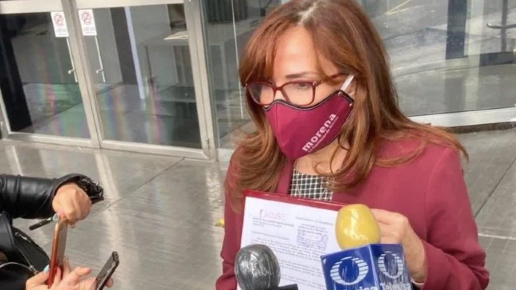 Yeidckol Polevnsky acude a la FGR para solicitar información sobre si existen denuncias en su contra - Foto de Noticieros Televisa