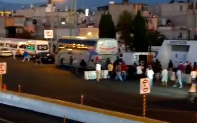 #Video Liberan a balazos caseta México-Pirámides; hay dos heridos - Enfrentamiento en la caseta México-Pirámides. Captura de pantalla / Archivo