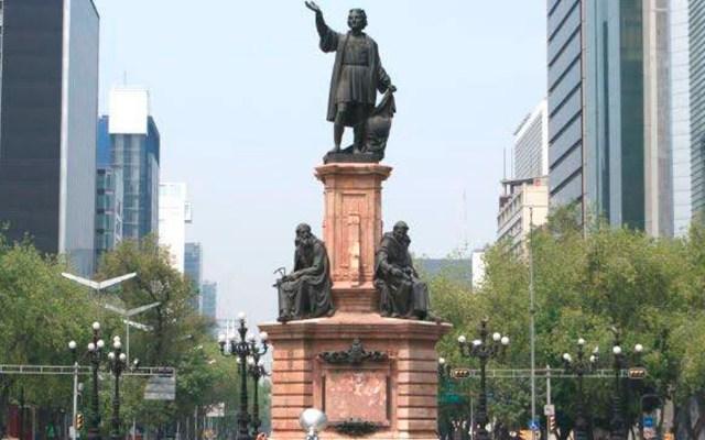 """AMLO dice que 12 de octubre es fecha """"muy polémica""""; pide no malinterpretar retiro de estatua de Colón - Foto Twitter @ferdoval"""