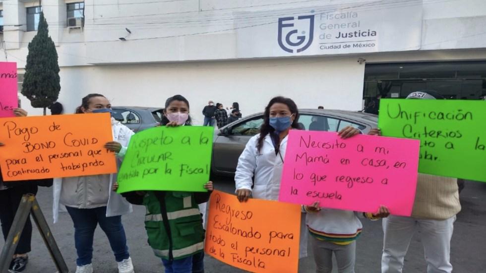 #Video Peritos y personal administrativo de la FGJ de la Ciudad de México protestan para exigir bonos por COVID-19 - Foto de Milenio