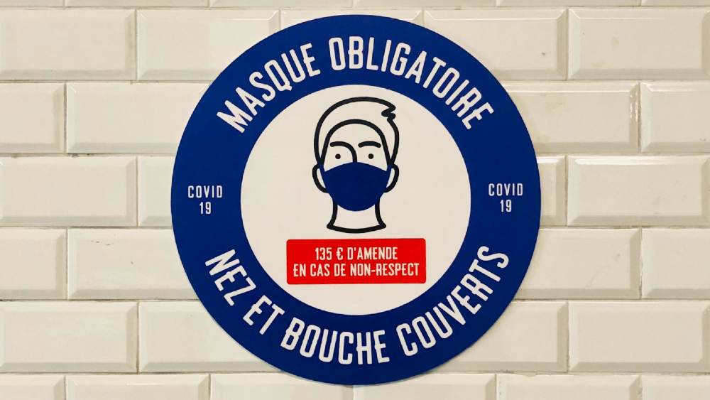 Francia abrirá cuatro mil camas para bajar presión del COVID-19 a hospitales - Foto de Étienne Godiard para Unsplash