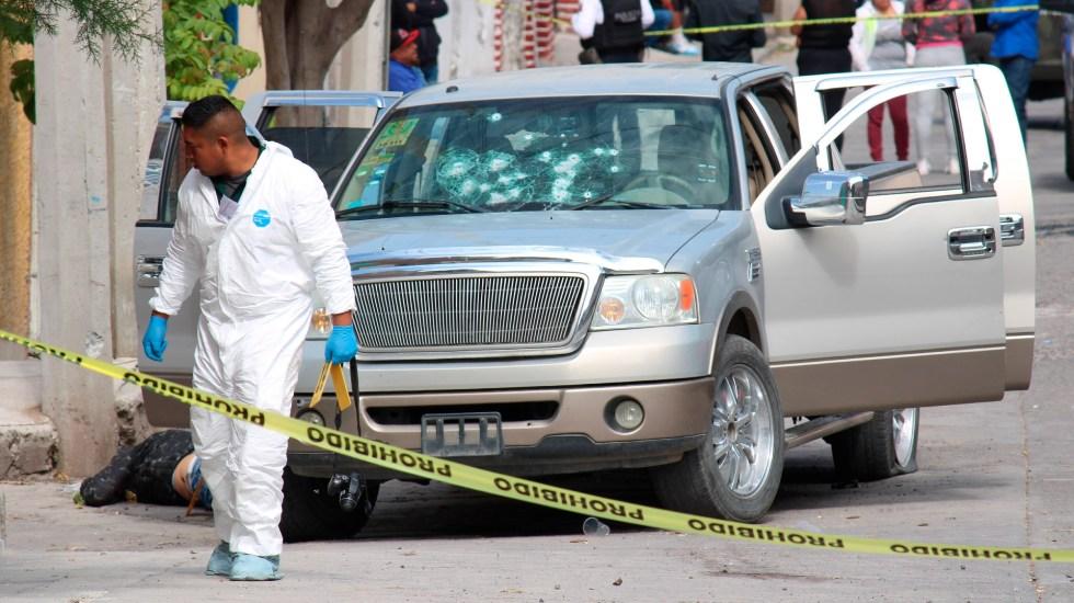 Presume gobierno disminución de 0.4% en homicidios dolosos durante el 2020 - Jaral del Progreso velorio Guanajuato homicidios asesinatos. Foto de EFE/Archivo