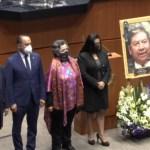 Rinden homenaje a senador que murió por COVID-19 en Cámara Alta