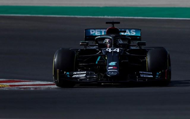 Hamilton arrebata la pole a Bottas en Portugal; 'Checo' Pérez saldrá quinto - Foto de EFE