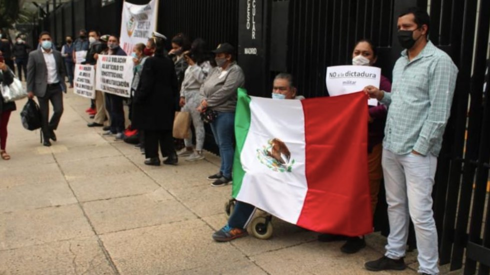 Senado recibirá a manifestantes que se oponen a desaparición de fideicomisos - Foto de La Razón