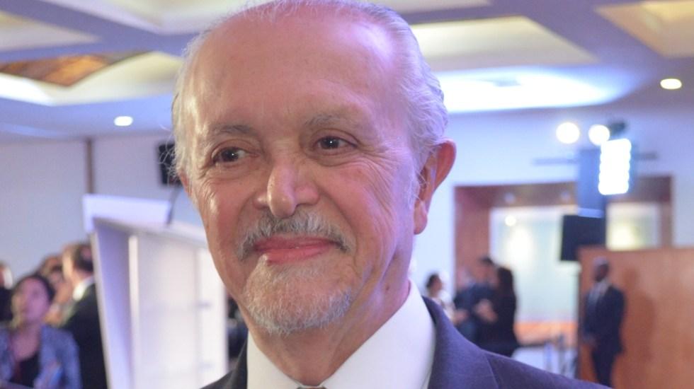 """""""Mi abrazo a familiares y amigos"""", expresa AMLO sobre fallecimiento de Mario Molina - Mario Molina 8"""