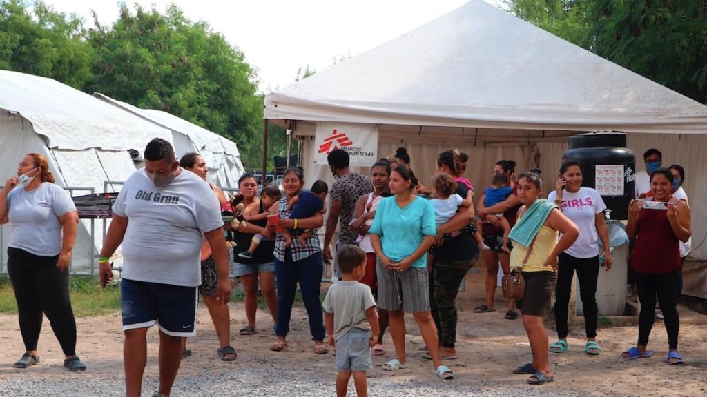 Denuncian detención, en México, de más de 50 mil migrantes y muerte de 33 durante pandemia - Migrantes centroamericanos en México. Foto de EFE / Archivo