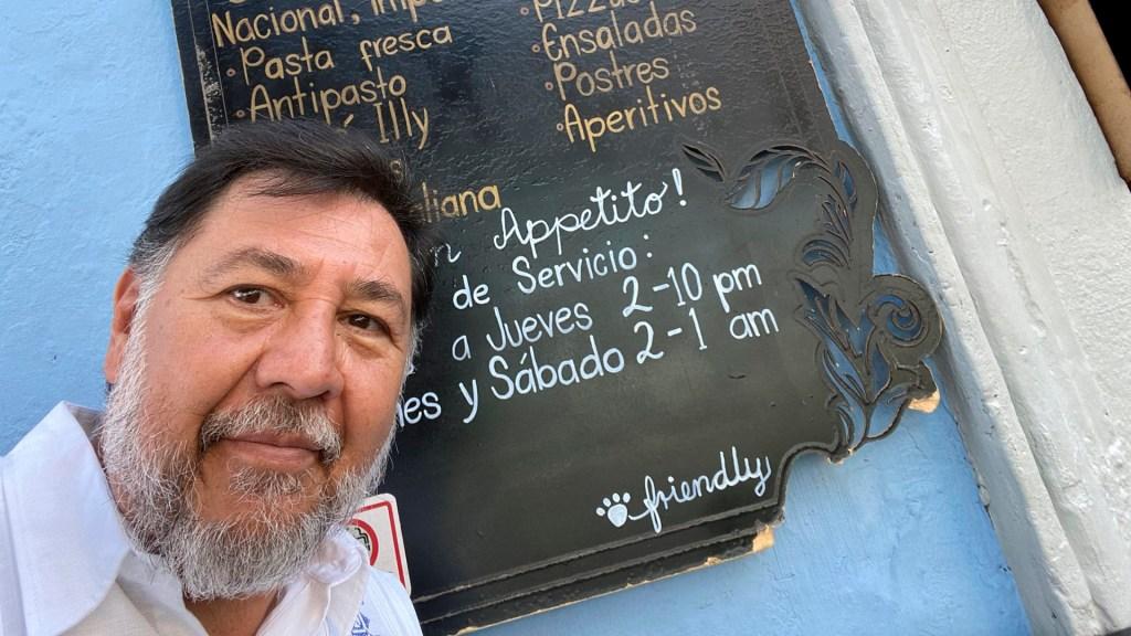 "Fernández Noroña se hace prueba COVID-19; asegura sentir ""un ligero malestar"" - Foto Twitter @fernandeznorona"
