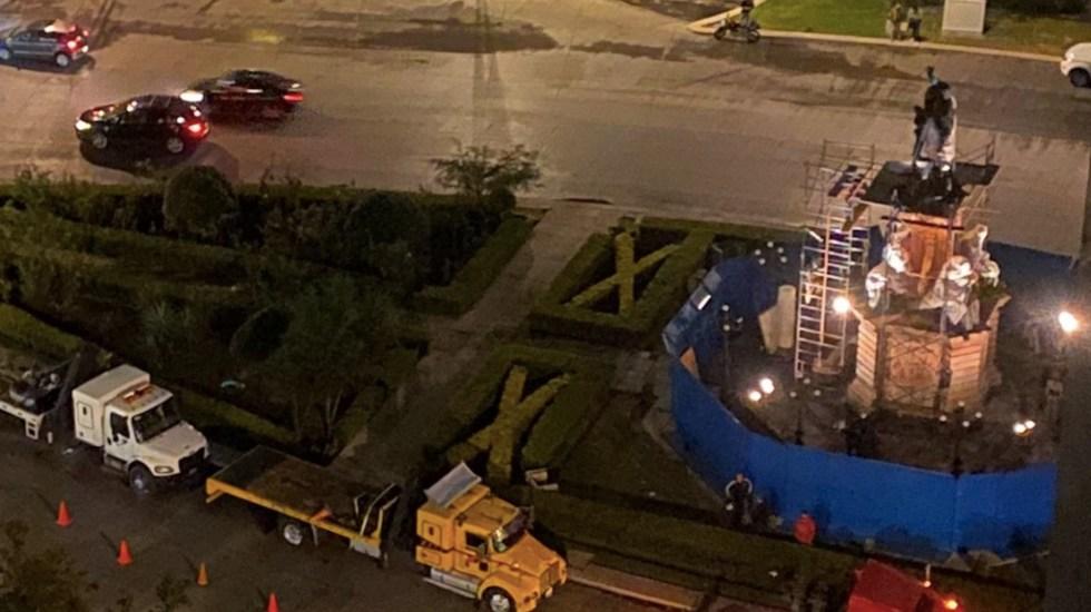 #Video Retiran estatua de Cristóbal Colón de Paseo de la Reforma por mantenimiento - Foto de @robertour_