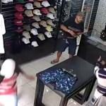 #Video Comerciante mata a tres delincuentes tras intento de asalto en Brasil