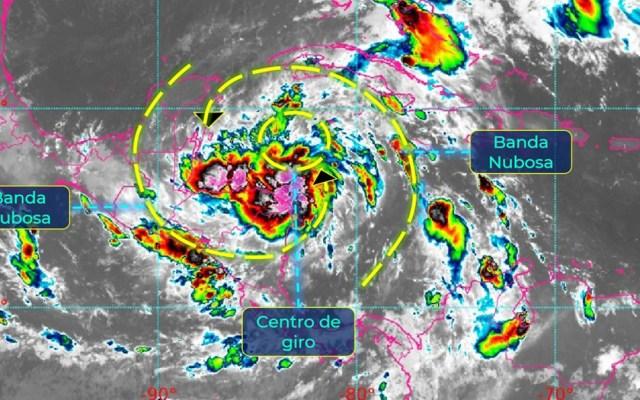 Emiten vigilancia de huracán en Península de Yucatán por tormenta tropical Zeta - Tormenta tropical Zeta. Foto de @conagua_clima