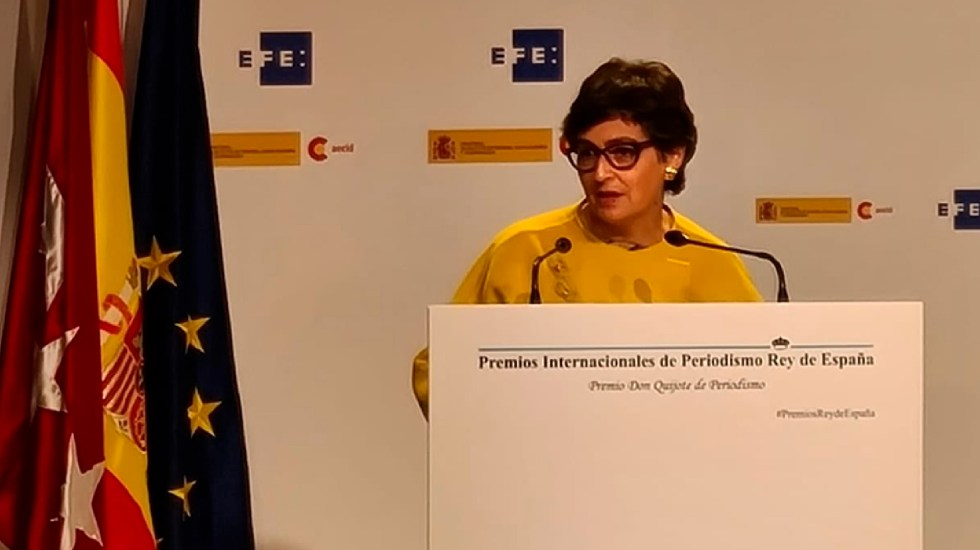 Ministra española de Asuntos Exteriores arriba a México; abordará con funcionarios asuntos políticos, económicos y sanitarios - Foto Twitter @AranchaGlezLaya
