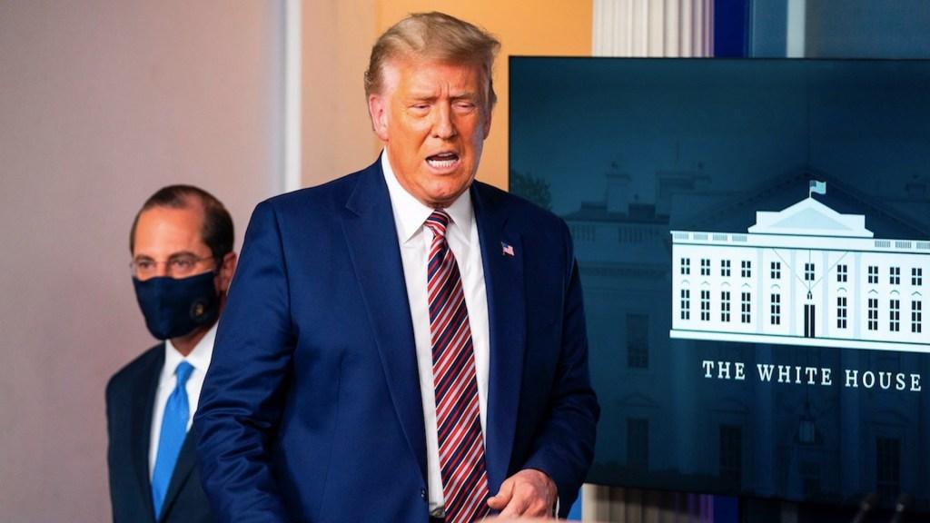 Presidencia de Trump toca fondo con toma del Capitolio de sus seguidores - Foto de EFE