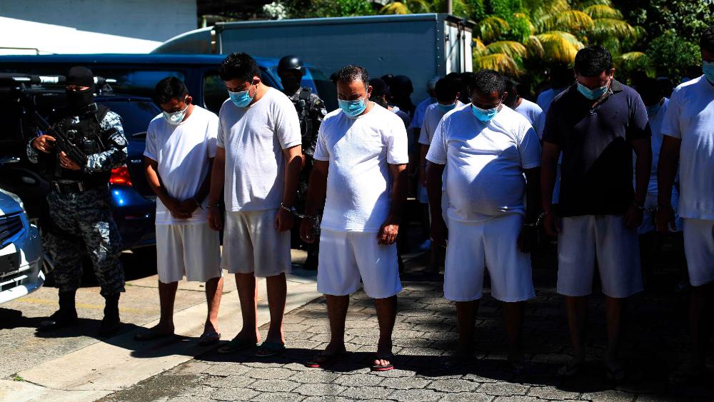 Autoridades de El Salvador capturan a más de 600 pandilleros, según gobierno - Foto de EFE