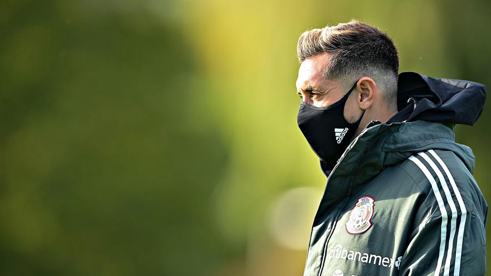 Héctor Herrera regresa al Atlético por lesión y no jugará contra Japón - Foto de @miseleccionmx