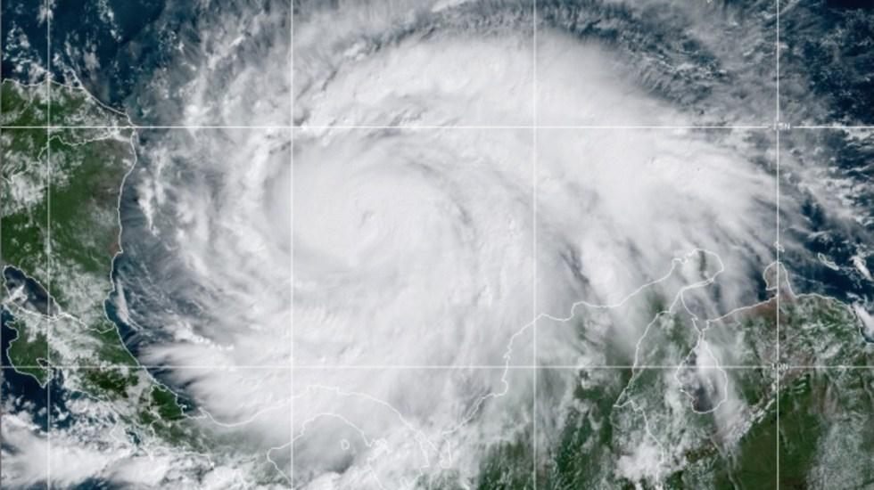 Impactará Iota a Nicaragua y Honduras como huracán categoría 4 - Huracán Iota. Foto de NOAA / GOES