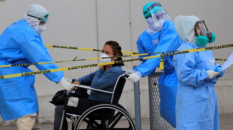 México registró el domingo 6 mil 870 contagios y 326 muertes por COVID-19; hay casi 90 mil casos activos - Ingreso de paciente de covid-19 al Hospital General de Ciudad Juárez, Chihuahua. Foto de EFE