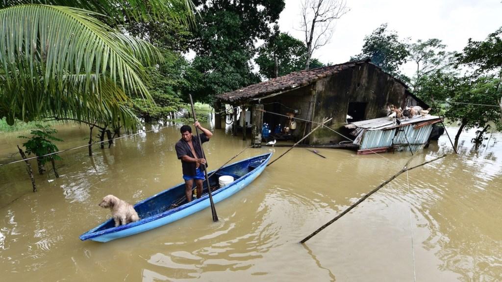 Lluvias en Tabasco rompen récord; hay más de 77 mil damnificados - Foto de EFE