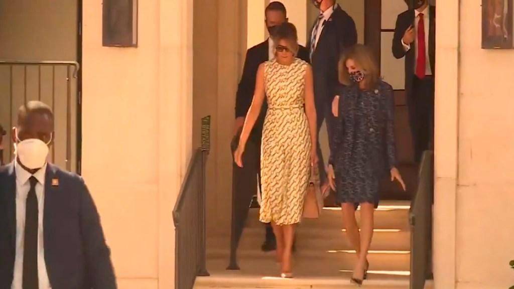 Melania Trump emitió su voto, sin cubrebocas, en Palm Beach, Florida - Foto Captura de pantalla