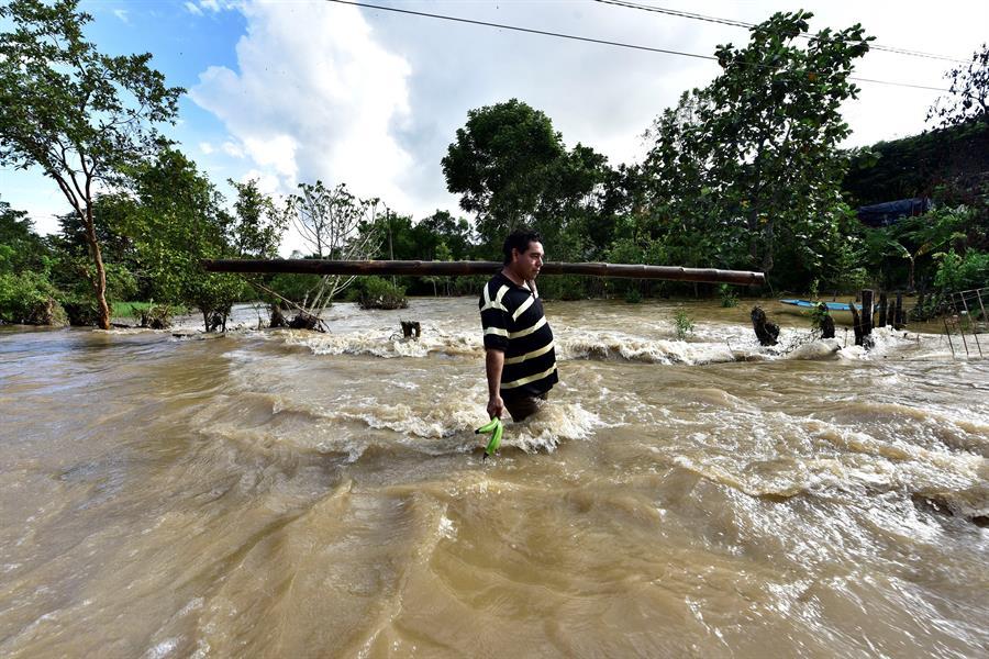 Se han bombeado casi 22 millones de metros cúbicos de agua en Tabasco - MexicanossobreviviendoLauraGarza