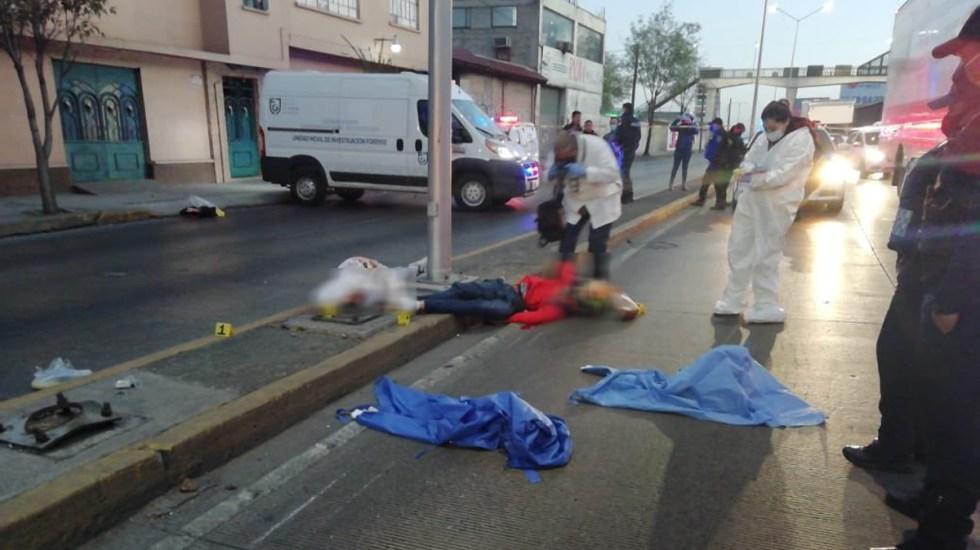 Accidente vial sobre Circuito Interior deja dos motociclistas muertos - Motociclistas muertos sobre Circuito Interior. Foto de @OMAR_PATINO