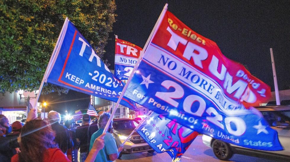 Trump gana demanda en Pensilvania que le permitirá observar más de cerca el conteo de votos - Movilización a favor de Trump en Florida. Foto de EFE