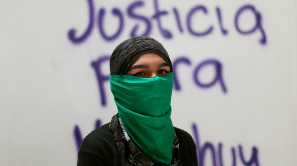 Niños con cáncer, mujeres y fideicomisos: los olvidados del COVID-19 en México - Foto de EFE