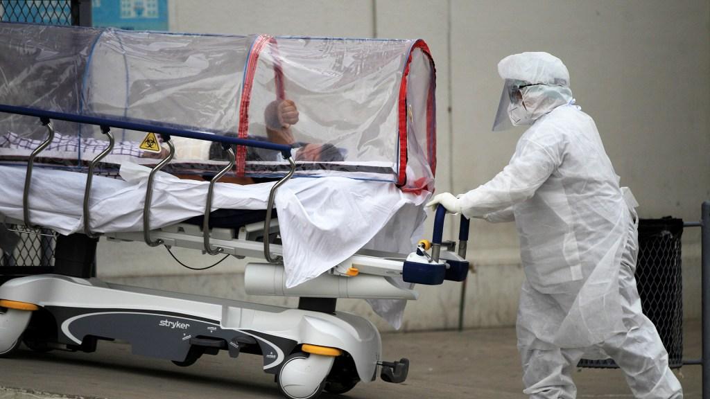 México registró en las últimas 24 horas 14 mil 828 casos y 730 muertes por COVID-19 - México COVID-19