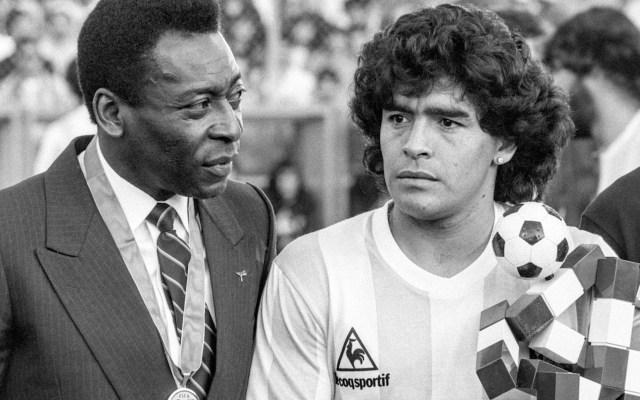 """""""Espero que un día podamos jugar futbol juntos en el cielo"""", Pelé lamenta muerte de su amigo Maradona - Foto de EFE"""