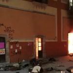 #Video Queman Palacio Municipal de Fresnillo, Zacatecas, tras localización de cuerpo de menor de 12 años