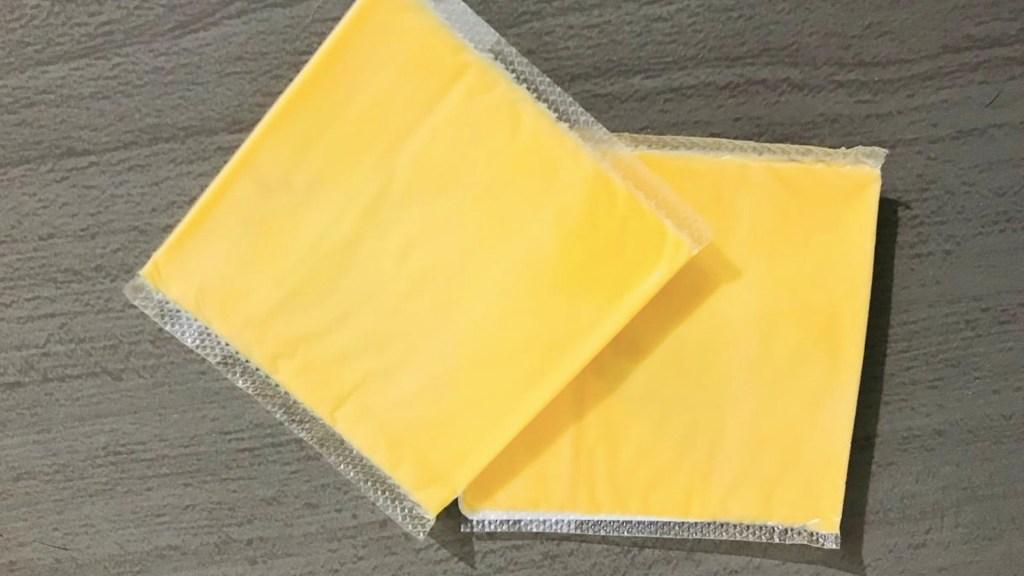 Profeco revela estudio de quesos amarillos; solo siete cumplen con especificaciones - Foto de López-Dóriga Digital