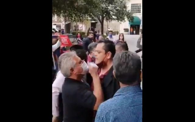 #Video Estalla riña en evento de Morena en Nuevo León; Mario Delgado acusa intervención de operadores del gobierno estatal - Riña Monterrey Nuevo León estados
