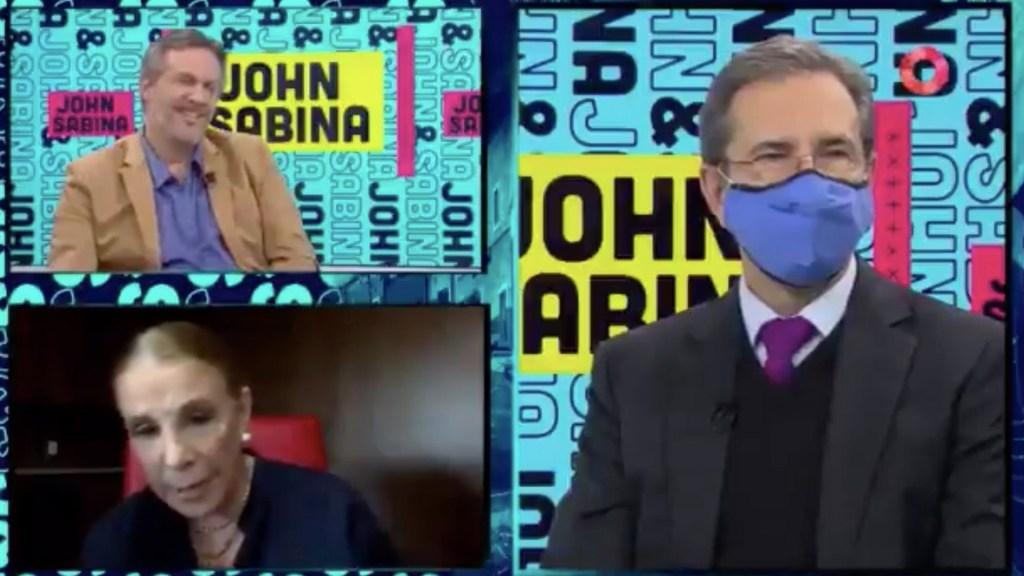 #Video Sabina Berman acusa a John Ackerman de no dejarla participar en programa en vivo; secretario de Educación interviene - Captura de pantalla