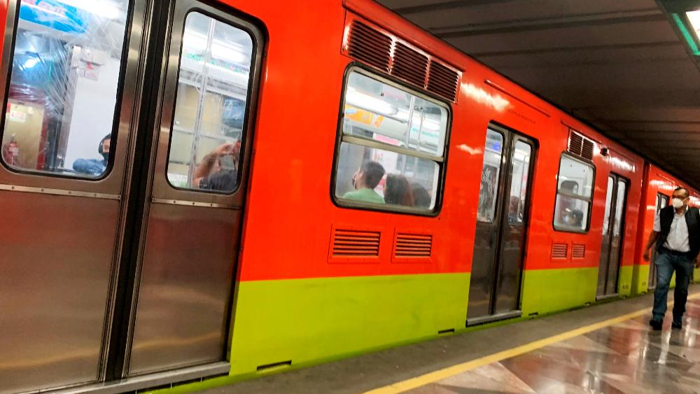 Metro CDMX operará este lunes con horario de día festivo - Foto de EFE