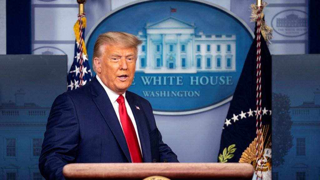 Afirma Trump que dejará la Casa Blanca si Colegio Electoral vota por Biden - Trump en la Casa Blanca. Foto de EFE