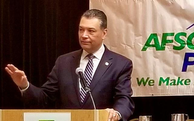 Alex Padilla se convertirá en el primer latino que representa a California en Senado de EE.UU. - Alex Padilla se convertirá en el primer senador federal latino de California. Foto Twitter @AlexPadilla4CA